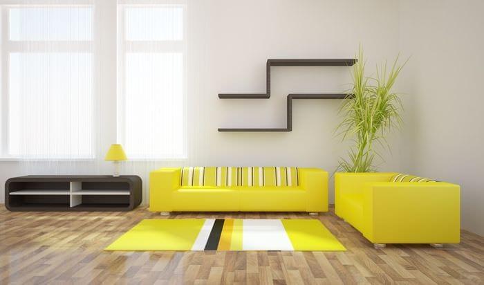 вариант использования необычного желтого цвета в интерьере квартиры