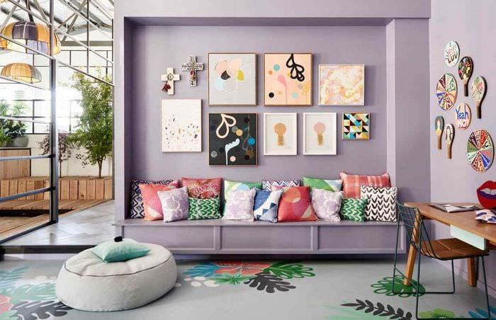 пример применения красивого сиреневого цвета в интерьере