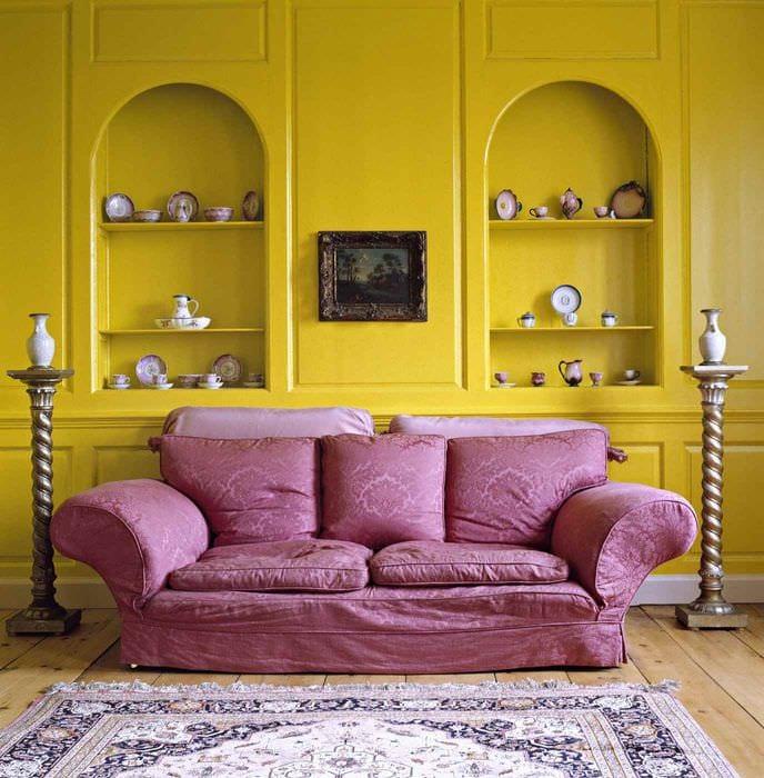 идея использования яркого желтого цвета в интерьере квартиры
