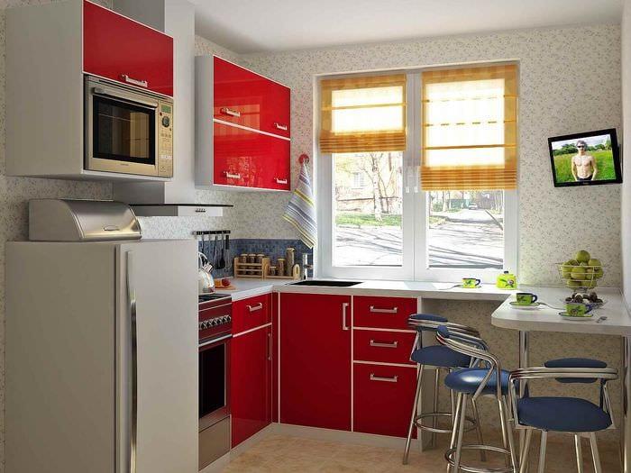 Идеи для маленькой кухни 7 кв.м с холодильником фото