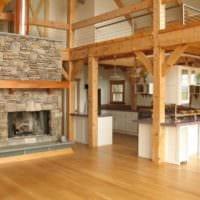 вариант необычного стиля кухни в деревянном доме фото