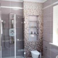 идея светлого стиля укладки плитки в ванной комнате картинка
