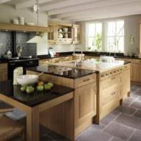пример светлого стиля кухни в деревенском стиле картинка