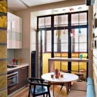 идея яркого декора кухни 13 кв.м фото