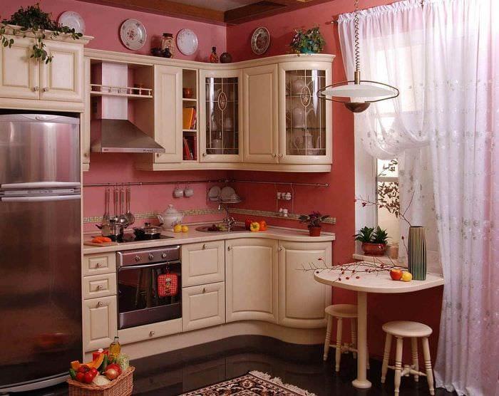 вариант яркого интерьера кухни 7 кв.м