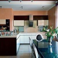 дизайн кухни с окном в интерьере