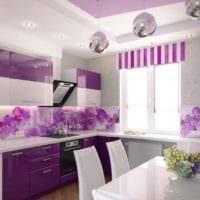дизайн кухни с окном яркие тона