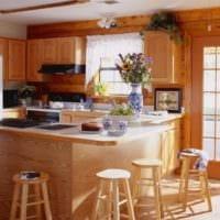 дизайн кухни с окном в деревенском стиле