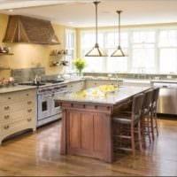 дизайн кухни без верхних навесных шкафов фото декора