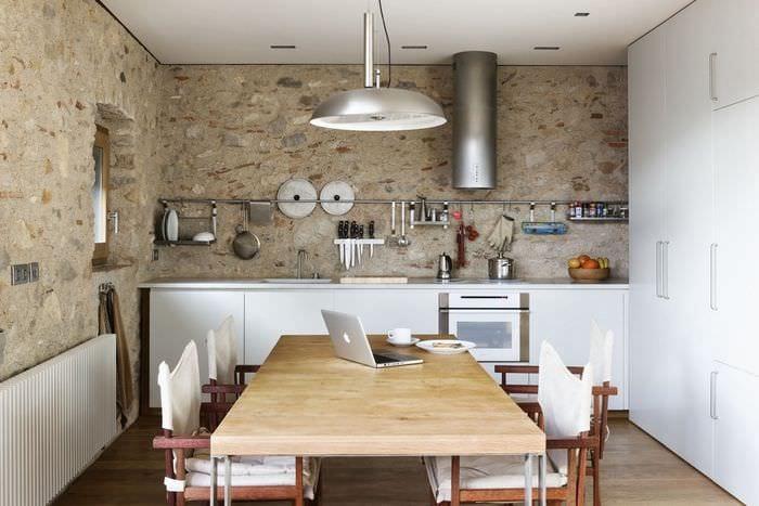 рейлинг над столешницей на кухне