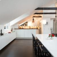 дизайн мансарды в доме кухня столовая