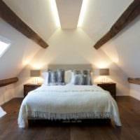 дизайн мансарды в доме спальня