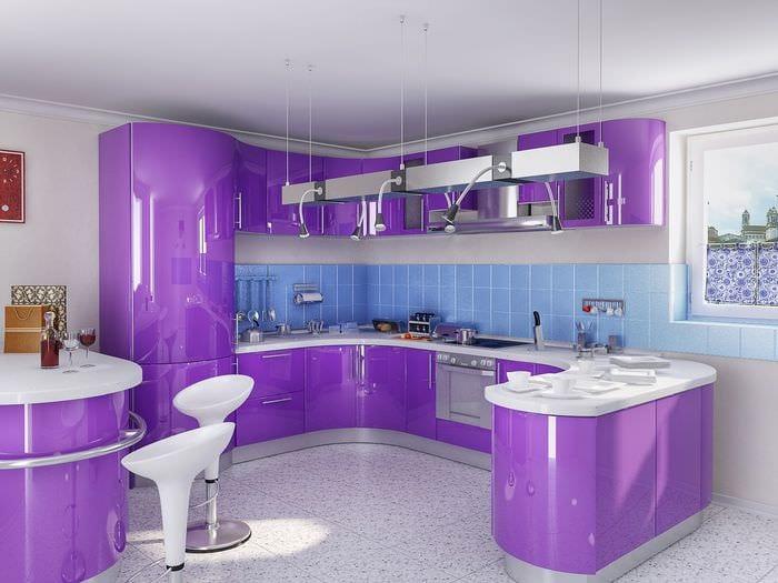 фиолетовый дизайн кухни