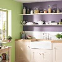 фисташковый и фиолетовый цвета на кухне