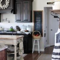 кухня в стиле кантри декор