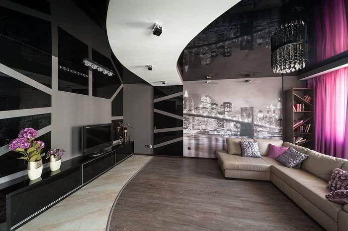стильный потолок в гостиной