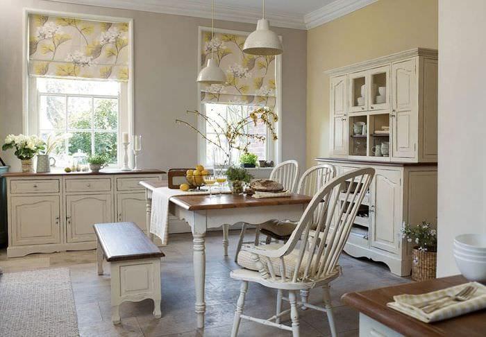 гарнитур на кухне в стиле кантри