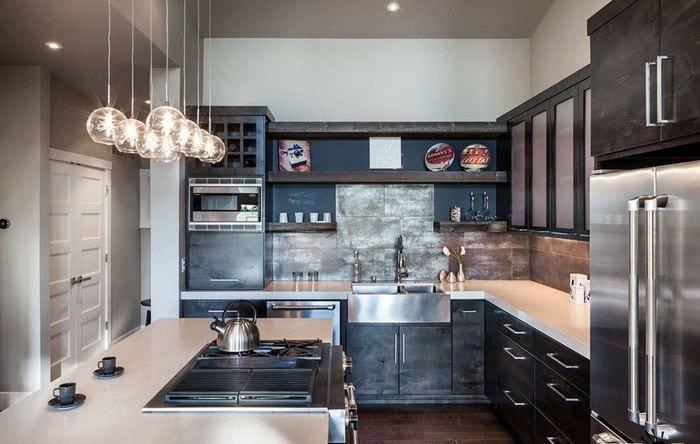 современная кухня с плиткой