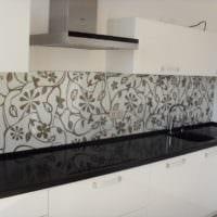 белый кухонный гарнитур фото
