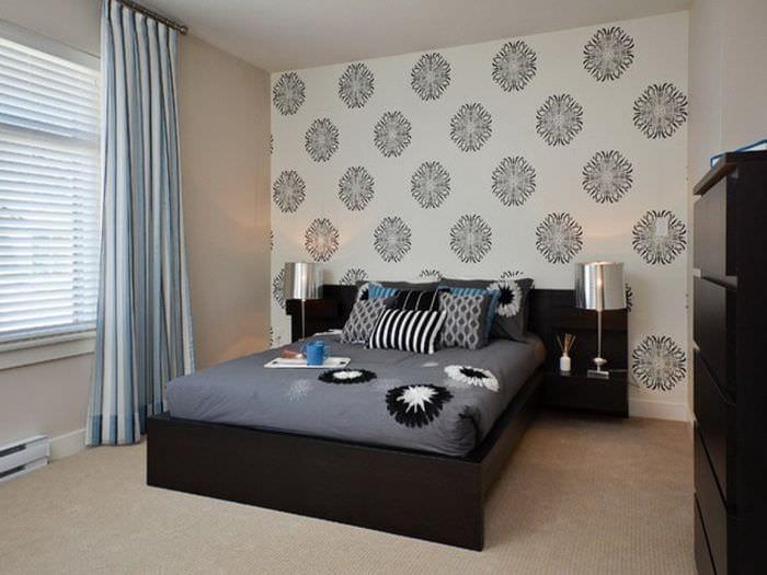 спальня 11 кв м с ковролином