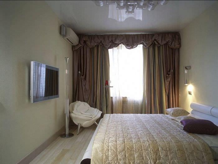 спальня 9 кв м с телевизором