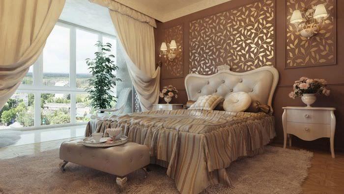 золотые оттенки в классической спальне