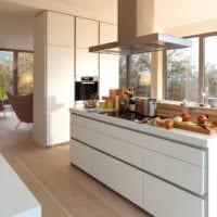 кухня светлая интерьер