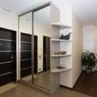 прихожая в квартире в панельном доме стильный дизайн