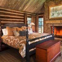 спальня в деревянном доме с каменной кладкой