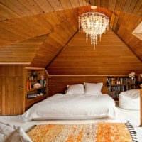 спальня в деревянном доме просторная