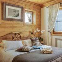 спальня в деревянном доме в скандинавском стиле