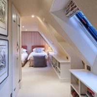 спальня на мансарде фото оформление