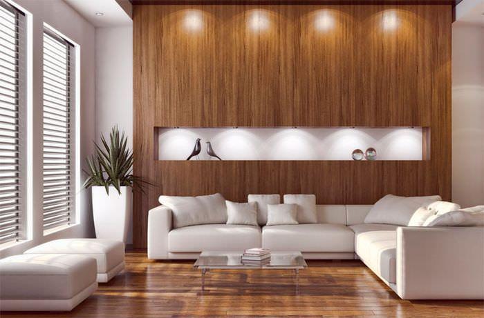 Отделка стены над диваном деревянными панелями