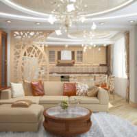 Яркое освещение в интерьере комнаты