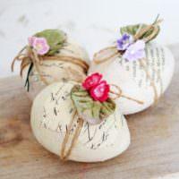 Декор пасхальных яиц ручной работы