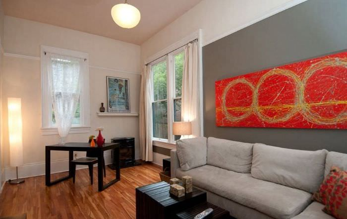 Картины в оформлении стен жилого помещения