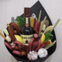 Букет с алкоголем в подарок на 23 февраля