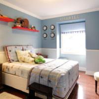 Кровать на платформе в детской комнате
