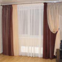 Вариант оформления окна в гостиной