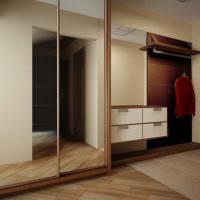 Зеркала на дверцах шкафа в прихожей
