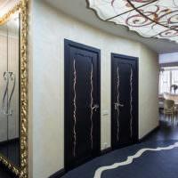 Дизайнерские двери санузлов в прихожей