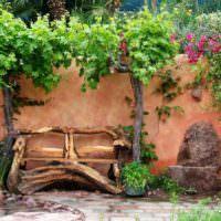 Самодельная садовая скамья из дерева