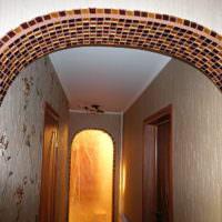Окантовка арки из мелкого камня