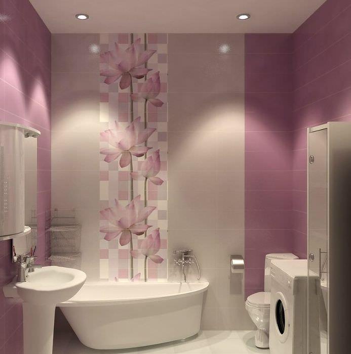 Декоративное панно из керамической плитки в интерьере ванной комнаты