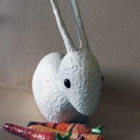 Забавный заяц своими руками из папье-маше