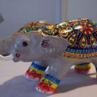 Индийский слоник из папье-маше для декорирования интерьера