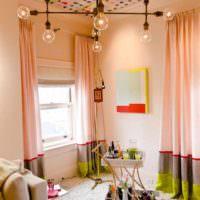 вариант сочетания яркого персикового цвета в стиле квартиры картинка
