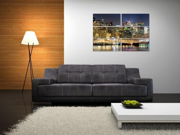 Акцентное оформление стену над диваном в гостиной