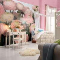 Светлая спальня в розовых тонах с фотообоями