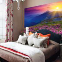 Закат над горами в спальне с фотообоями